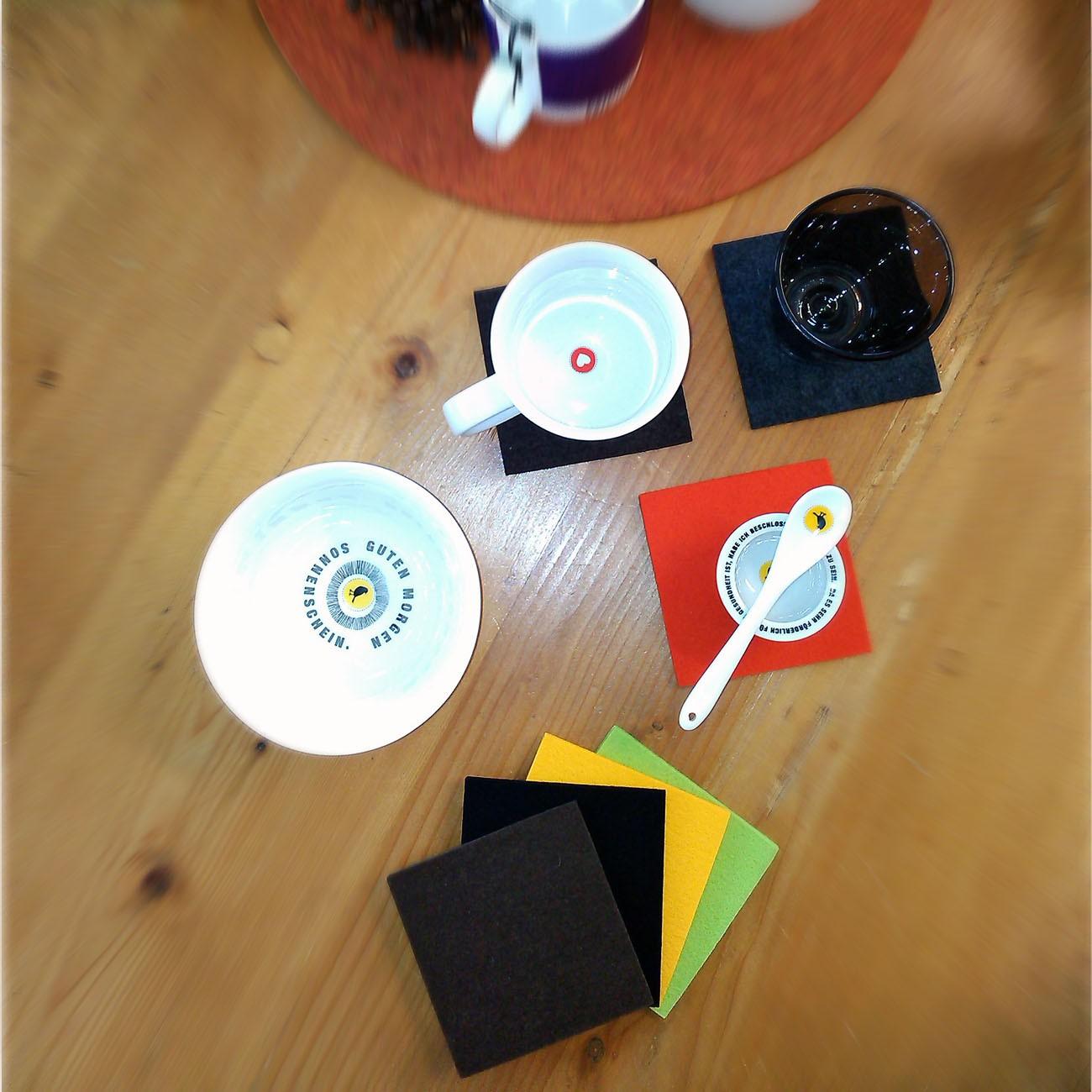 daff untersetzer 10x10 cm quadratisch aus merino filz. Black Bedroom Furniture Sets. Home Design Ideas